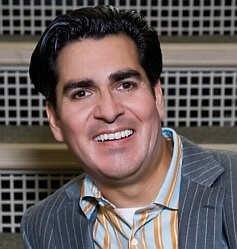 Dr. Armando Soto